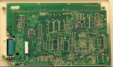 roland-tr707-motherboard-1154x692